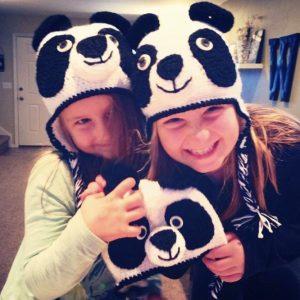 Panda loving kids