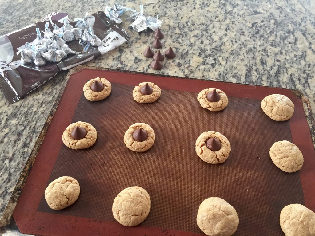 three ingredient gluten free peanut butter cookie